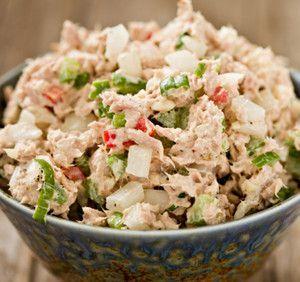 3 Найвідоміших салату з риби