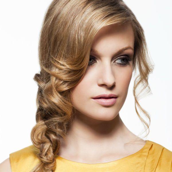 Коса на бік фото
