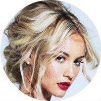 8 Красивих варіантів вечірніх зачісок для довгого волосся