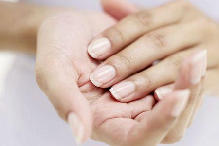 Біоармірованіе нігтів фіброїном: прагнення до натуральності не виключає догляд за собою