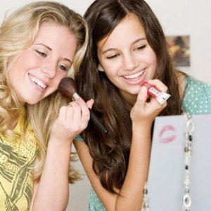 Дівчатка-підлітки і косметика: так чи ні?