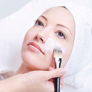 Домашній хімічний пілінг обличчя - 3 способи