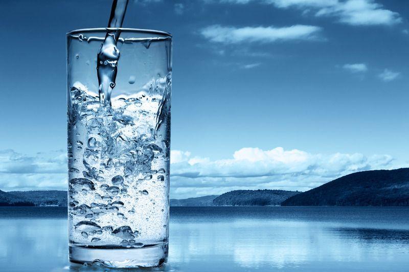 Як часто пити воду взимку? Корисні поради для здоров`я