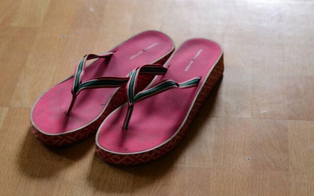 Як позбутися від запаху ніг народними засобами: роззувайся спокійно