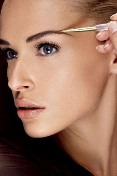 Як зробити красиві брови: як вищипнути і пофарбувати