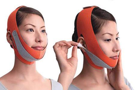 Корекція овалу обличчя за допомогою пов`язки-бандажа