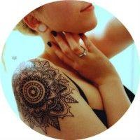 Красиві жіночі татуювання на плече і їх значення