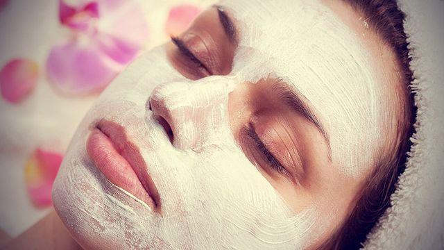 Кращі маски для обличчя від зморшок в домашніх умовах