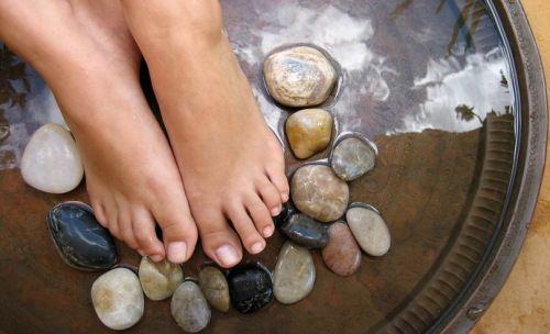Потіють ноги засоби
