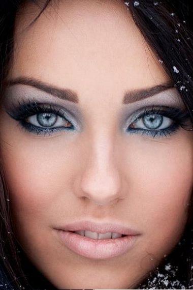 Макіяж для блакитних очей покроково