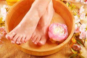 Нові способи, як позбутися від сухих мозолів на пальцях ніг в домашніх умовах народними засобами