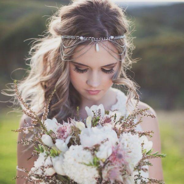 Весільна укладання з пов`язкою фото