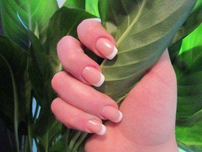 Лак від грибка нігтів офломіл