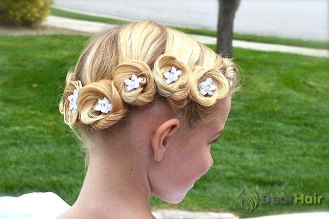 Зачіски для дівчаток на довгі і короткі волосся в школу