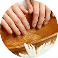Причини і методи боротьби з розшаровуванням нігтів на руках