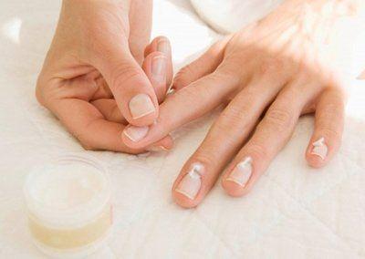 Застосування масла чайного дерева від грибка нігтів