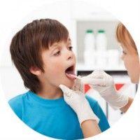 Симптоми і лікування гнійної ангіни у дітей і дорослих
