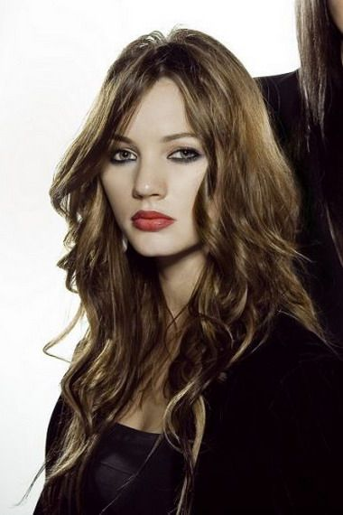 Стрижки на довге кучеряве волосся
