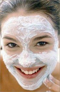 Догляд за жирною шкірою обличчя - домашні маски