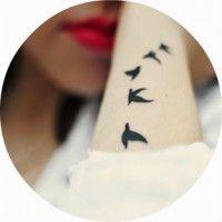 Варіанти красивих жіночих татуювань на зап`ясті