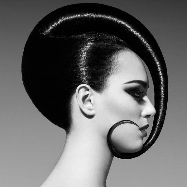 Креативні зачіски на довгих 4 фото