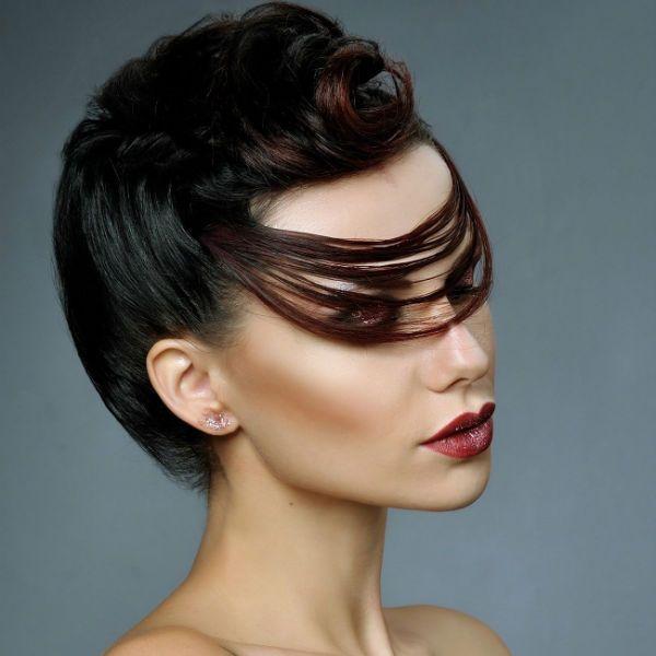 Креативні зачіски на довгі 5 фото