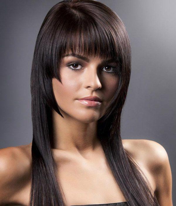 Модельна стрижка для середньої довжини волосся 3 фото