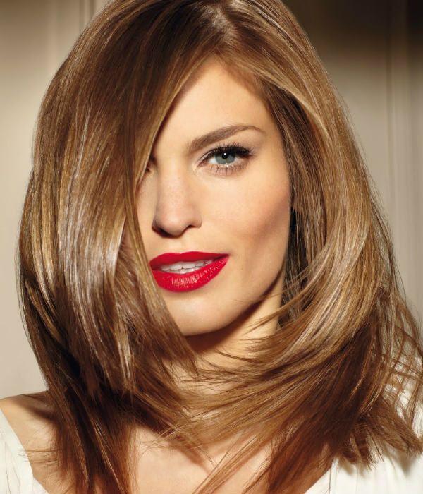 Рапсодія на середніх волоссі фото